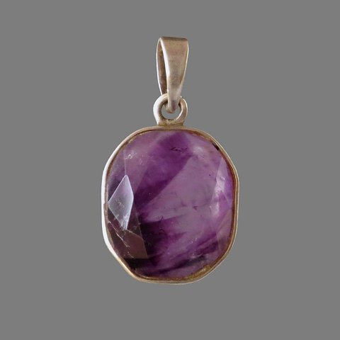 Pendant (silver and amethyst)
